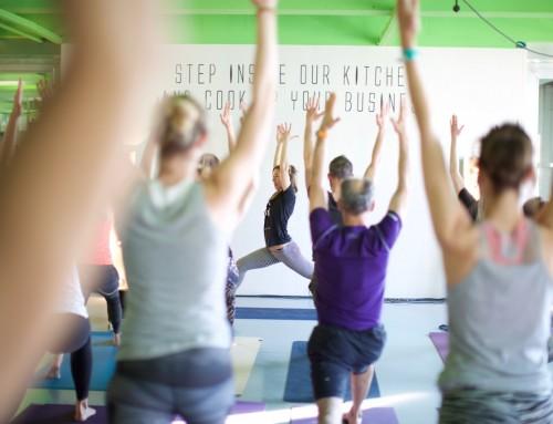 Stadswild Secret Yoga Club: yoga in de keuken met MOENA DE JONG [video]